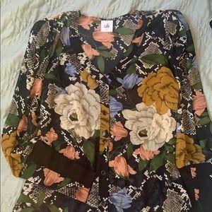 Cabi floral shirt
